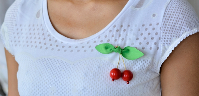 Pandahall Tutorial How Do You Make a Cherry Brooch at Home 680330